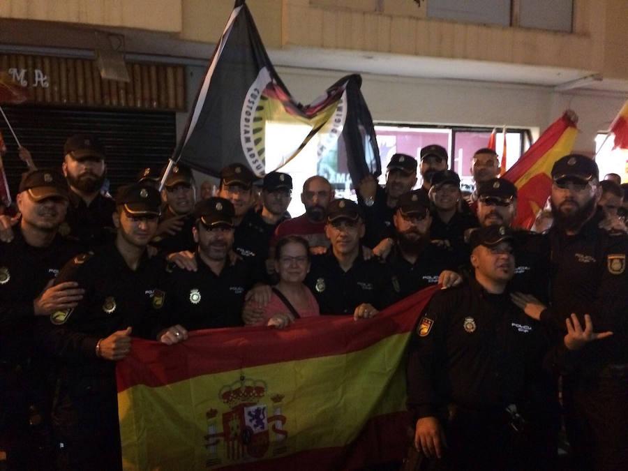 Salida de policías asturianos de Pineda de Mar