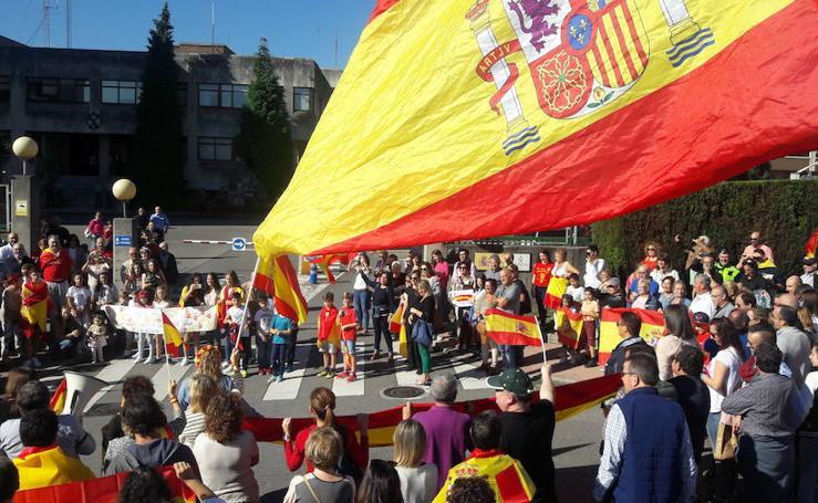 Concentraciones de apoyo a la Guardia Civil y por la unidad de España