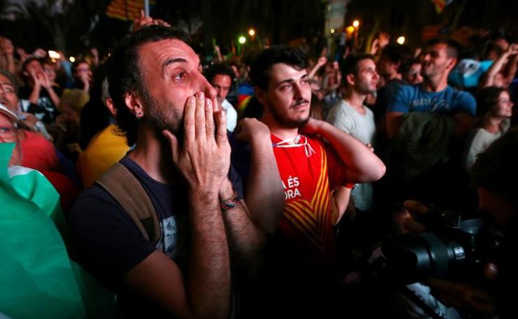 Del júbilo a las lágrimas entre los independentistas