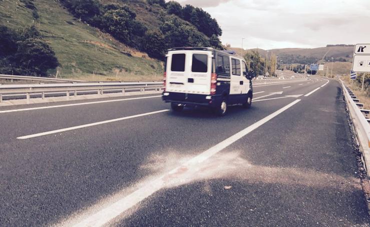 El accidente en Cantabria, en imágenes