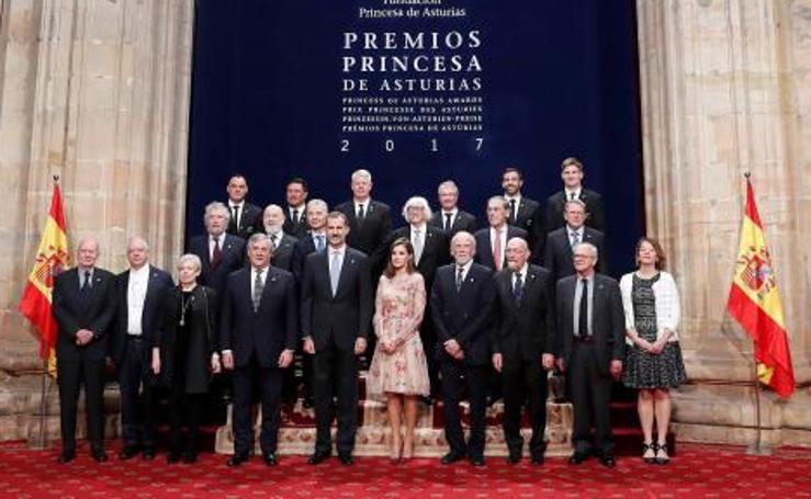 Premios Princesa de Asturias 2017: Los Reyes reciben a los premiados