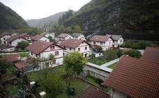 El poblado minero de Bustiello, declarado bien de interés cultural