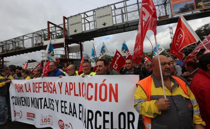 Protesta de los delegados de de las auxiliares de Arcelor