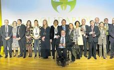 La ONCE premia el compromiso solidario de personas, empresas e instituciones