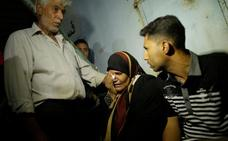 Mueren siete palestinos en un bombardeo israelí contra un túnel en Gaza
