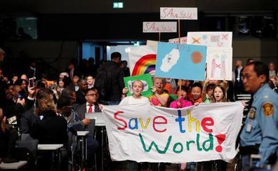Líderes mundiales intentan en Bonn impulsar el Acuerdo de París contra el rechazo de Trump