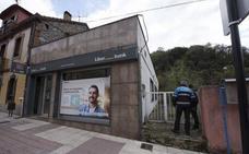 Roban una importante cantidad de dinero en la oficina de Liberbank de Olloniego