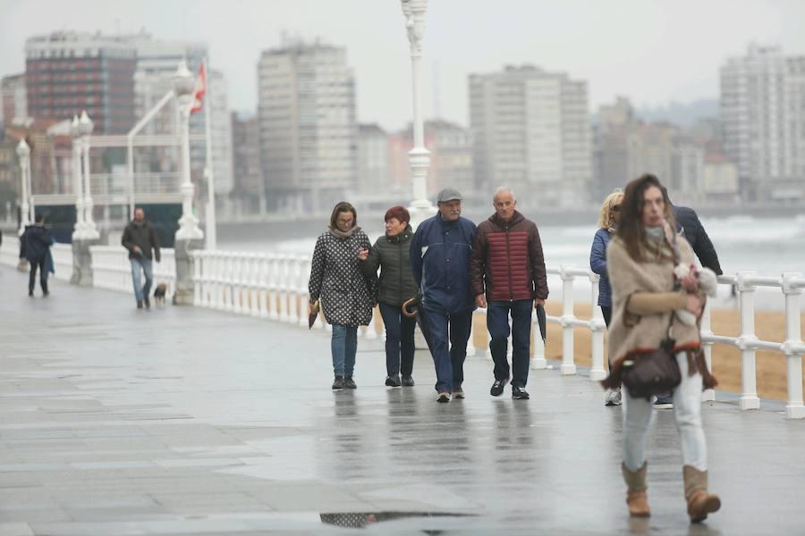 El frío y las lluvias se asientan en Asturias