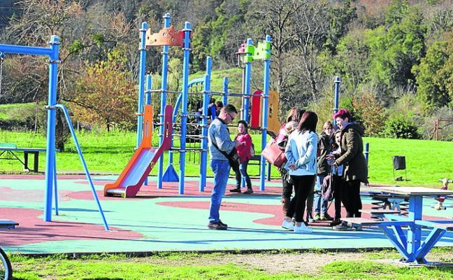 Un plan de mejoras en los parques infantiles de Villaviciosa