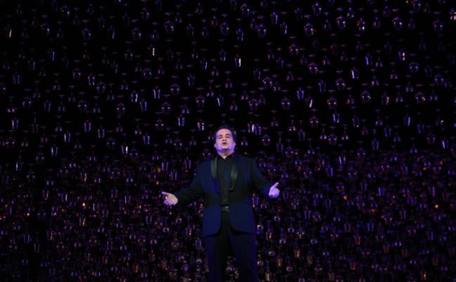 José Bros lleva hasta el delirio al Teatro Campoamor