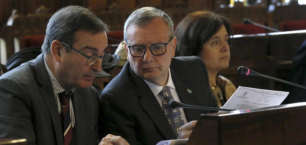 El Principado renuncia a fusionar las áreas sanitarias ante el gran rechazo municipal y político