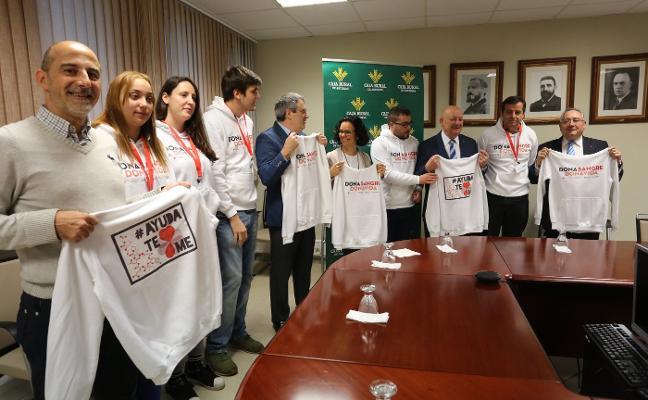 Los futuros ingenieros hacen campaña para aumentar la donación de sangre