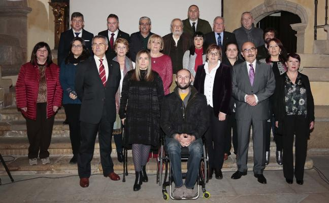 La Fundación Cajastur reparte 240.000 euros entre dieciséis ONG