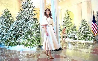 Melania Trump monta un pinar congelado en la Casa Blanca