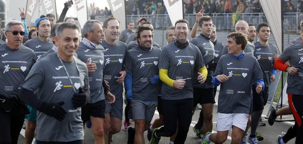 Más de 650 participantes corren junto a Fernando Alonso en favor de la seguridad vial