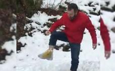 El vídeo viral dedicado a los «zoquetes» de L'Angliru: «Mirái, voy a subir San Isidro con bolsas»