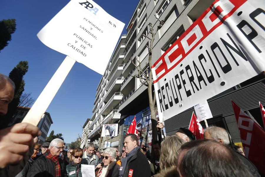 Concentración en Oviedo para reivindicar pensiones dignas