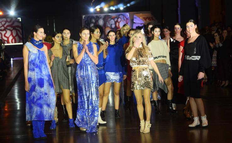 María Lafuente cierra con 'Sororidad' la Semana de la Moda
