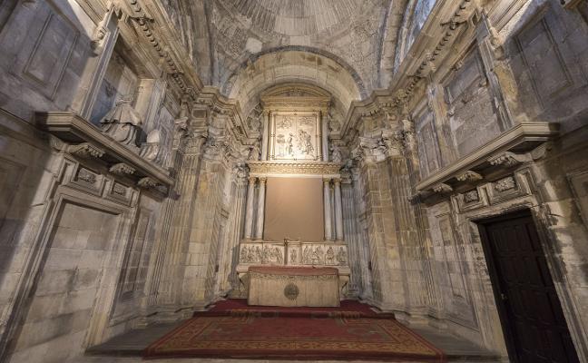 «Arreglar la capilla de Los Vigiles es necesario, el retablo está desprendido»