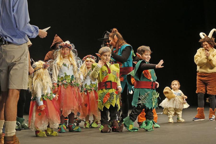 Concurso infantil de disfraces en el Teatro Jovellanos