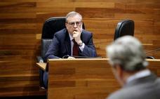 Del Busto niega haber lanzado un «globo sonda» sobre la factura en la sombra en la Sanidad asturiana