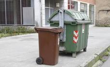 El contenedor marrón se implanta en marzo en Versalles y Puerta de La Villa