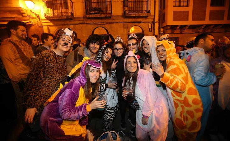 ¿Estuviste de Antroxu nocturno en Oviedo? ¡Búscate! (2)