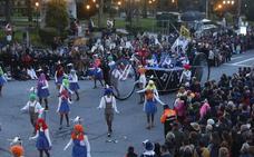 Oviedo se disfraza de fiesta