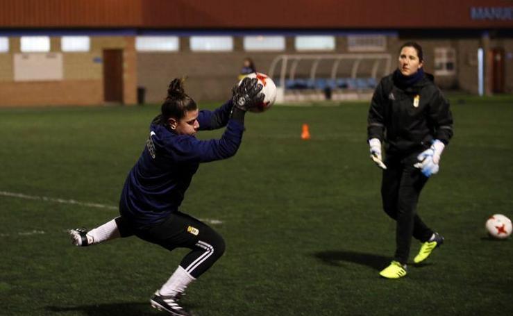 Entrenamiento del Real Oviedo Femenino (22/02/2017)