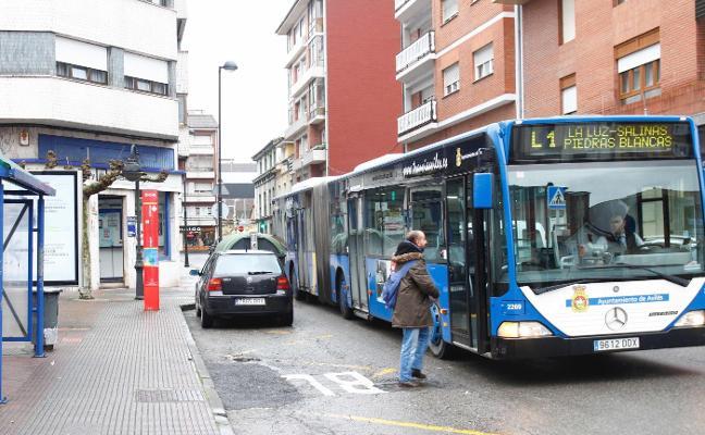Un centenar de personas se benefician de las subvenciones municipales para el transporte
