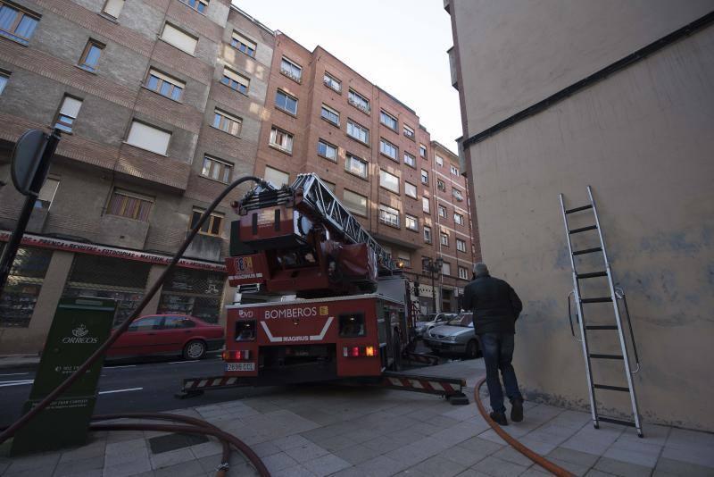 Incendio en un piso de Ciudad Naranco, en Oviedo