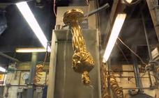 Haciendo los Oscar: así se fabrica la preciada estatuilla