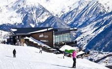 Muere un monitor de esquí en la estación de Formigal sepultado por un alud