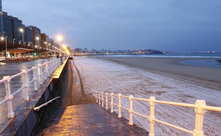 La nieve llega a Gijón