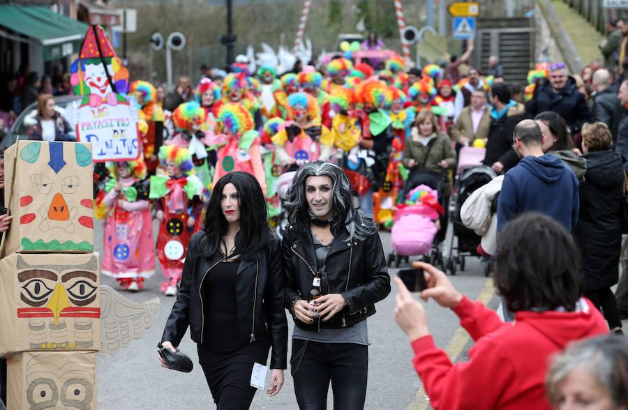 El carnaval llena Trubia de color