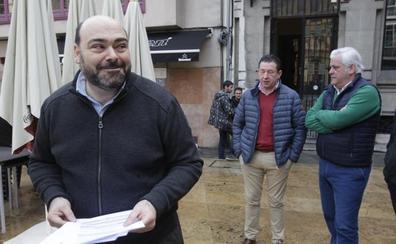 Caunedo defiende el legado de De Lorenzo, que el alcalde de Oviedo tacha de «catástrofe»