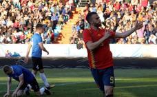 Borja Mayoral deja a la sub-21 al borde del Europeo