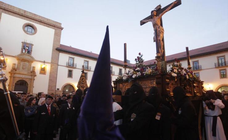 Procesión de El Silencio en Oviedo