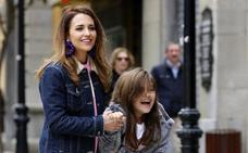 Paula Echevarría ya disfruta de la Semana Santa en Asturias junto a su hija