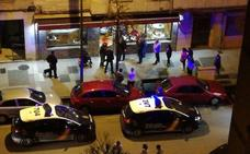 Detenido el hombre que entró en un bar de Gijón y cortó el cuello a un cliente