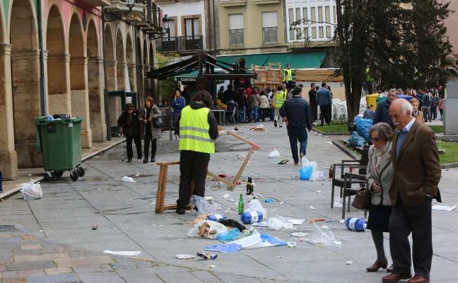 6.840 kilos de basura en la calle