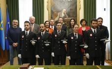 La Policía Local de Gijón incorpora a cinco nuevos agentes, tres hombres y dos mujeres