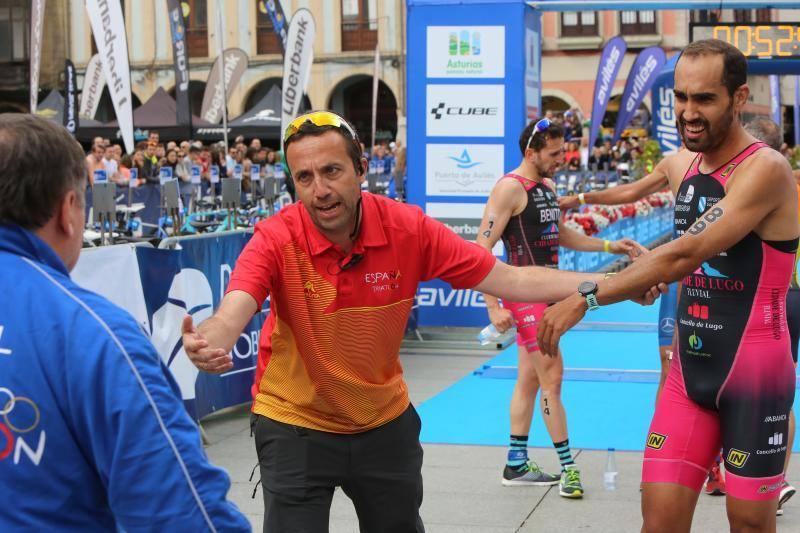 Emilio Martín y Camila Alonso, campeones del Duatlón de Avilés