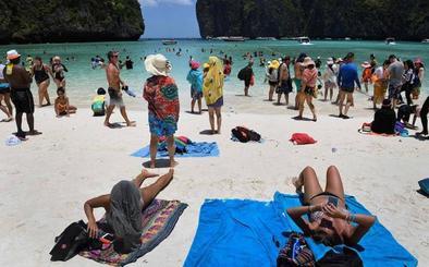 El turismo en masa puede ser una maldición para las playas de ensueño del sudeste asiático