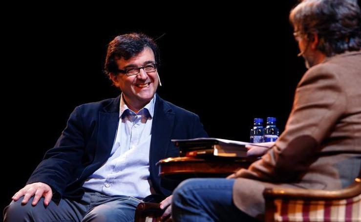 Las reflexiones de Javier Cercas en Oviedo