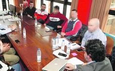 El delegado del Gobierno pide al Sporting que actúe «con firmeza y rigor» contra los ultras
