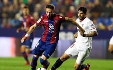 Morales agudiza la crisis del Sevilla