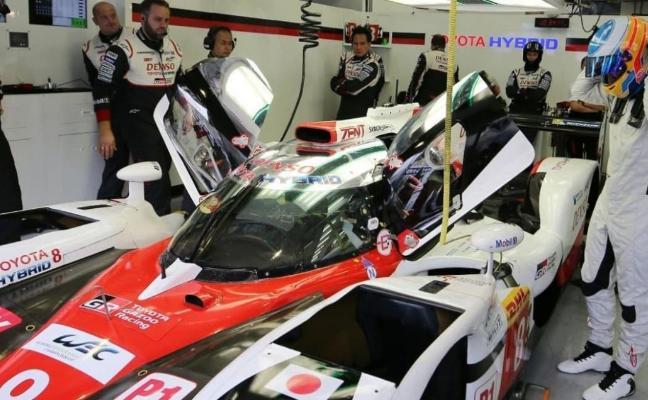 Alonso recupera el gen de la victoria