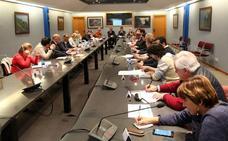 El boicot de Mieres tensa la reunión del área metropolitana