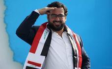 El periodista que lanzó zapatos a Bush es candidato a las elecciones en Irak